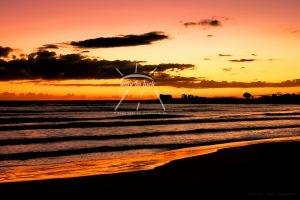 Sonnenuntergangsstimmung Strand Meer Wolken Sizilien