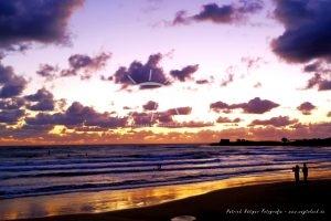 Abendstimmung Strand Meer Wolken Sizilien Paar
