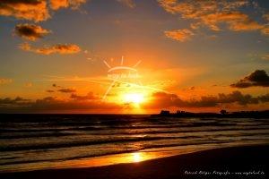 Sonnenuntergang Strand Sizilien Sonnenlicht Wolken Meer